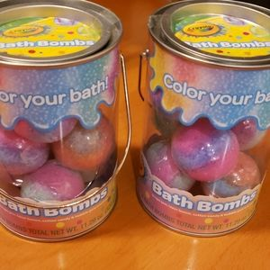 2 tubs of bathbombs